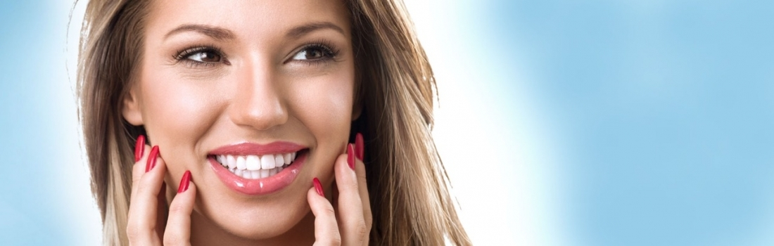 Pure Whitening. Simply Whiter Teeth.